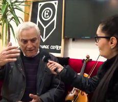 """الموسيقار """"فواز العلي"""" وحكاية ٥٨ عاماً زوادتها أنغام الكمان وآلاف الطلاب (فيديو)"""