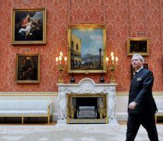متحف قصر باكنغهام يفتح أبوابه لمعرض لتحفه الفنية النادرة