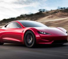 رودستر 2022: أقوى وأسرع سيارة من تسلا (صور وفيديو)