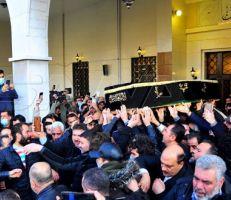 تشييع جثمان المخرج الراحل حاتم علي إلى مثواه الأخير في دمشق